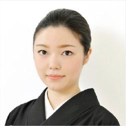 若柳佑輝子さん(わかやぎゆきこ)