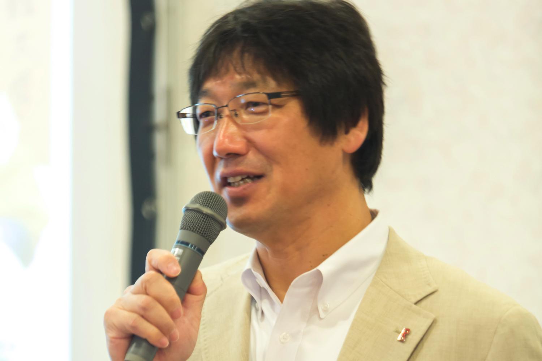 伊坂 忠夫教授